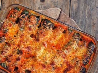 La receta de hoy es una forma diferente de comer acelga, pero también resulto ser rica así como nutritiva.